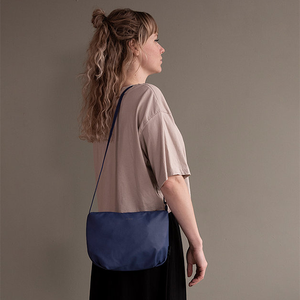 Tinne + Mia Cross Body F.G. Baggy - Dutch Blue