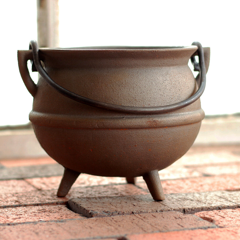 2 Quart Cast Iron Pot   CP-733