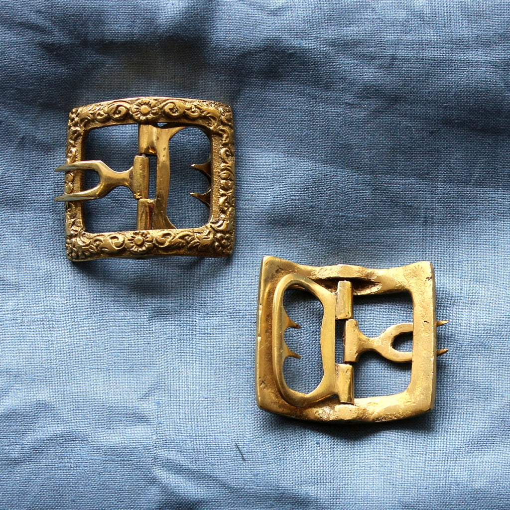 Men's Floral Shoe Buckles in Brass