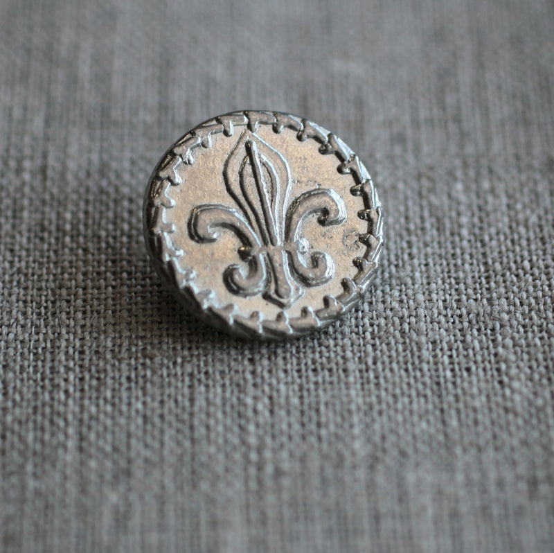 Fleur-de-lis Button  Pack of Ten