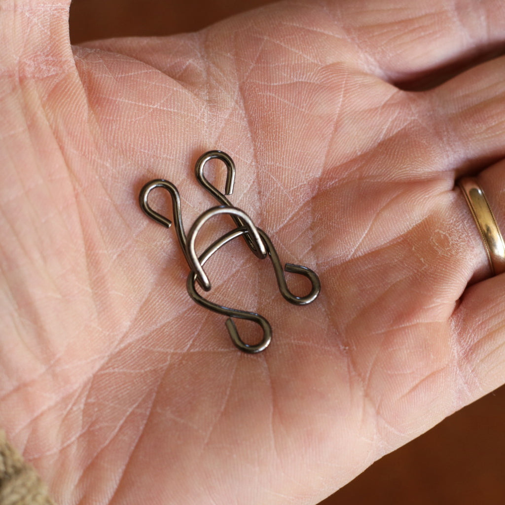 Steel Hook & Eye #11 EACH S-3360