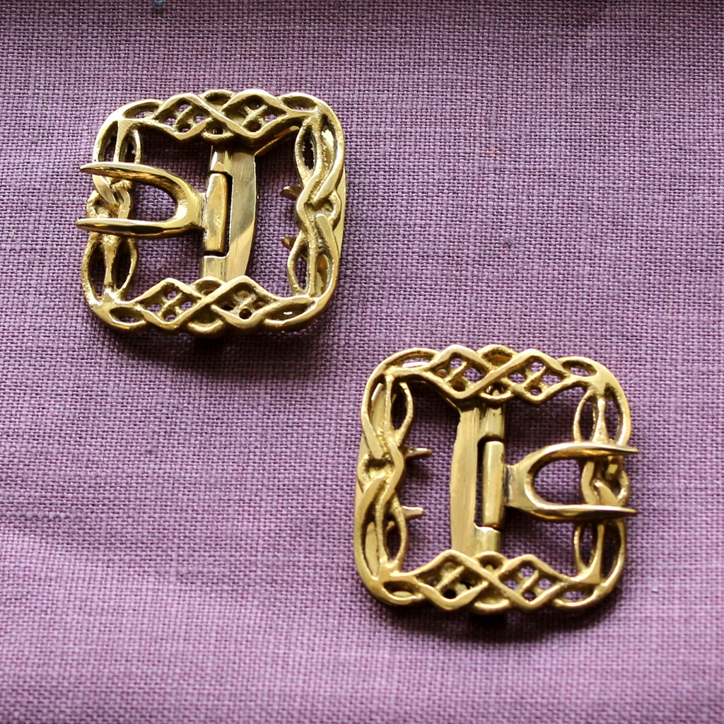 Ladies' Knotwork Shoe Buckles in Brass