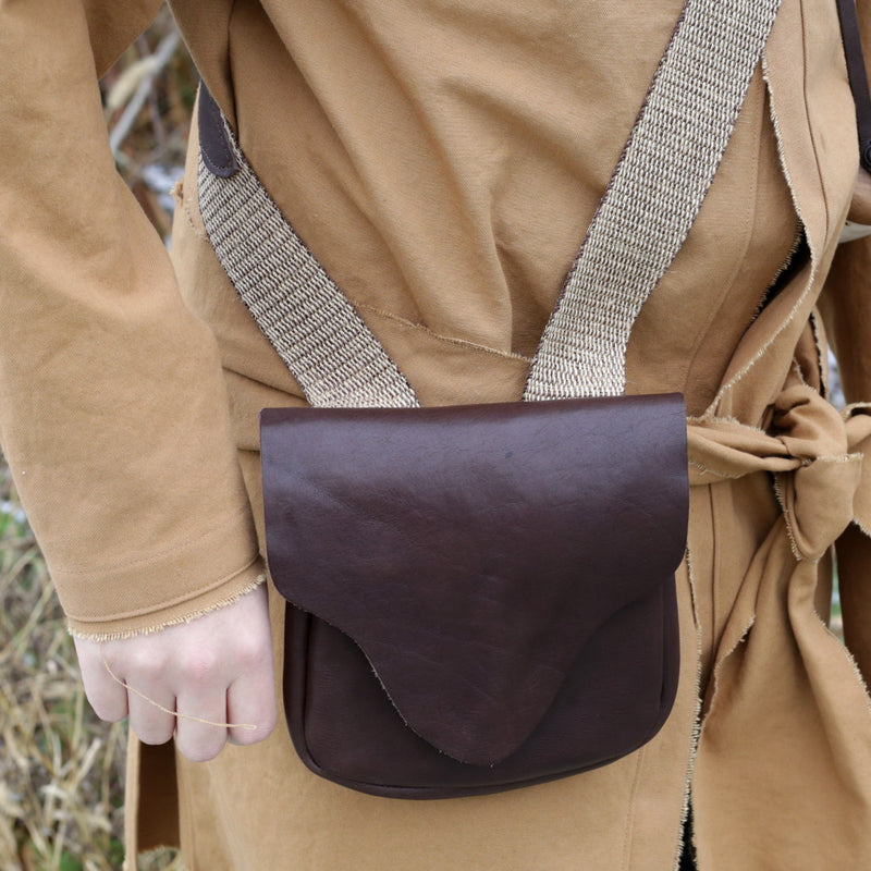Leather Hunting Pouch   LB-710