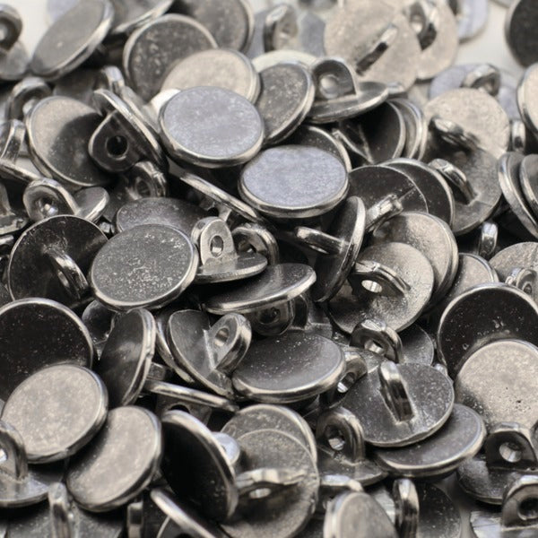 100 7/8 Plain Pewter Buttons