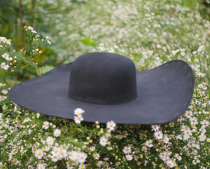 Black Heavy Wool Felt Hat Blank (Unlined)