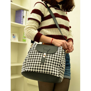 SB7695 - Stylish Plaid Retro Bag