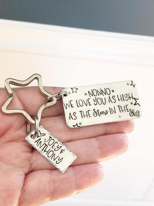 Personalized gift - Hand stamped keychain - Gift