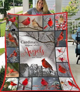 Gift For Cardinal Lover Blanket Cardinals Appear When Angels Are Near Fleece Blanket - ATMTEE