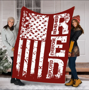 Red Friday Blanket Remember Everyone Deployed Fleece Blanket - ATMTEE