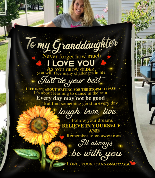 Personalized To My Granddaughter Never Forget How Much I Love You, Gift For Granddaughter Fleece Blanket - ATMTEE