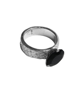 HITCHED - BLACK SILVER.