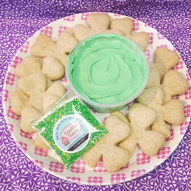 10 clover cookies Decorating kit (SHIP)