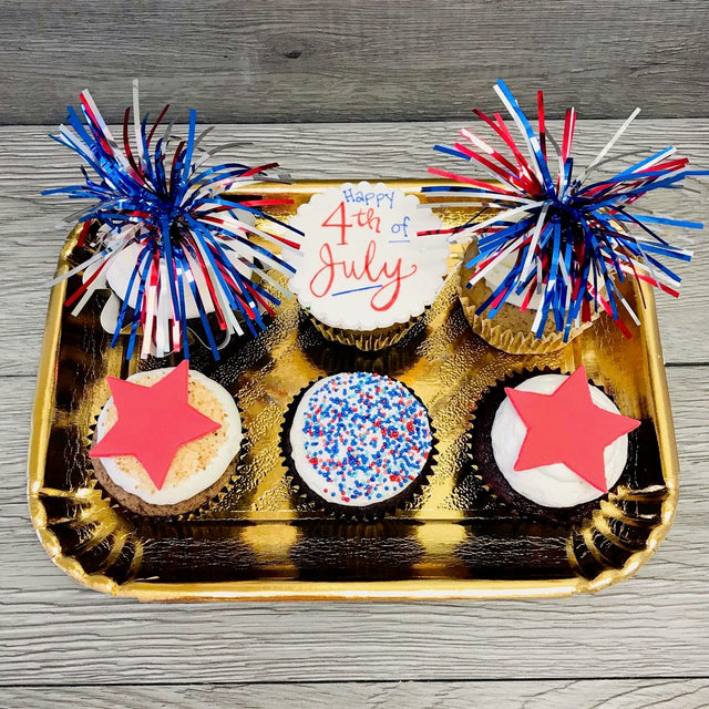 6 July 4th cupcakes (pickup only)