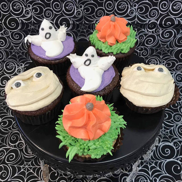6 Spooky Cupcakes (pickup only)