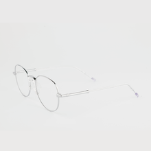 Load image into Gallery viewer, silver colour titanium round optical frame with clear acetate temples 45 angled