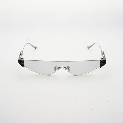 killer goggles style sunglasses with grey one-piece lens and marble hinges front