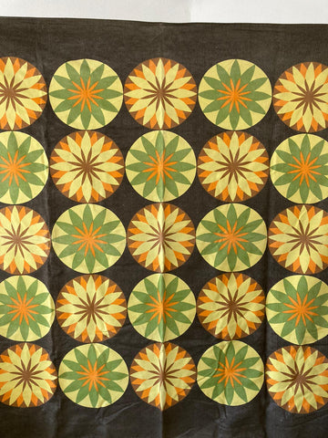 60s table cloth - flower design
