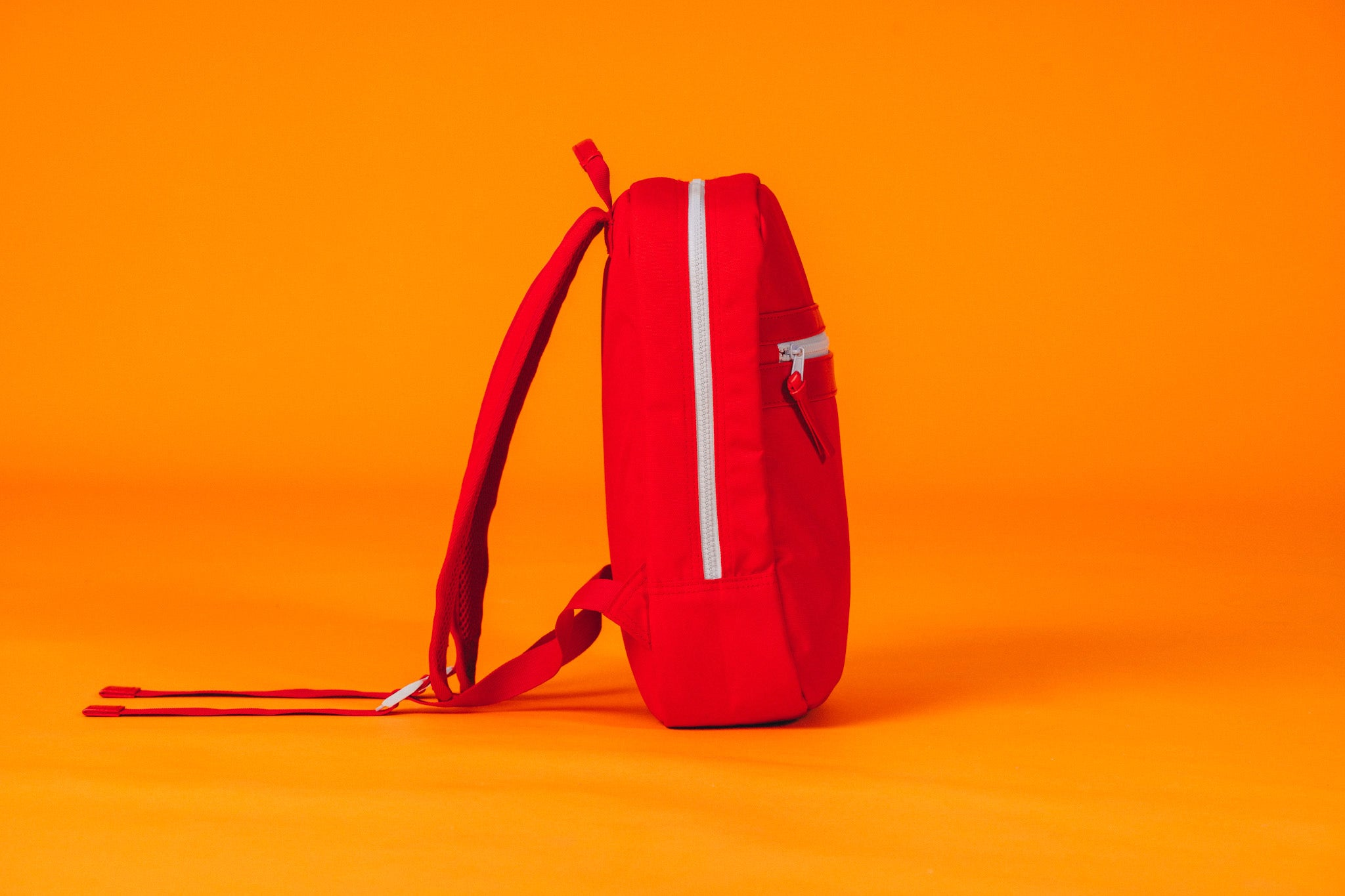 love red daypack