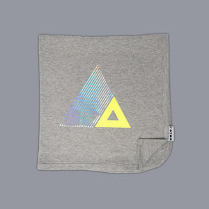 Triangle Illusion Blanket Grey
