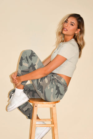 Recess Muted Mint Collared Crop