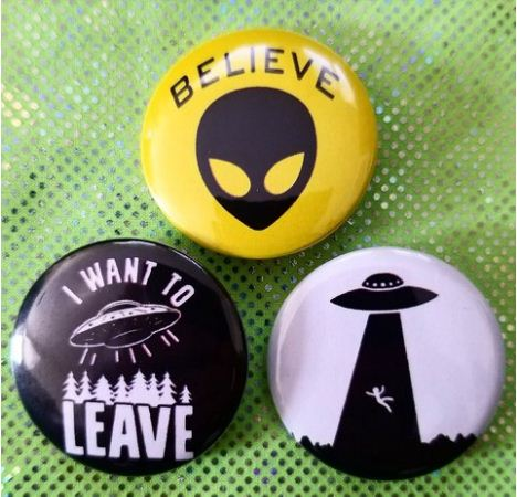 1.25 inch set of 3 UFO pins