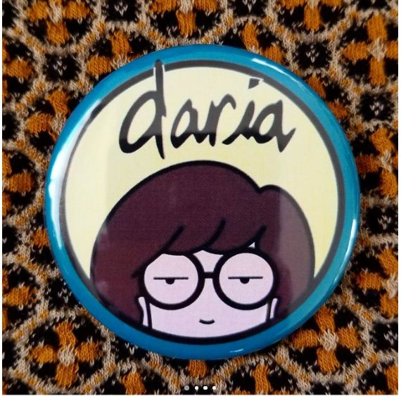 2.25 inch daria button badge pin