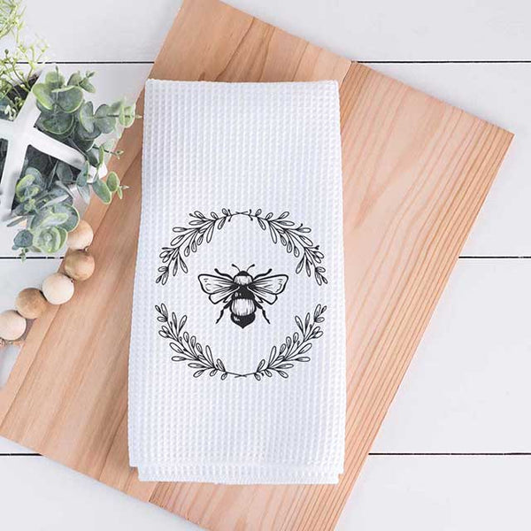 Bee Wreath Tea Towel - Grace Mercantile