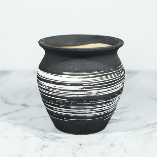 Enso Handmade Plant Pot Black and White