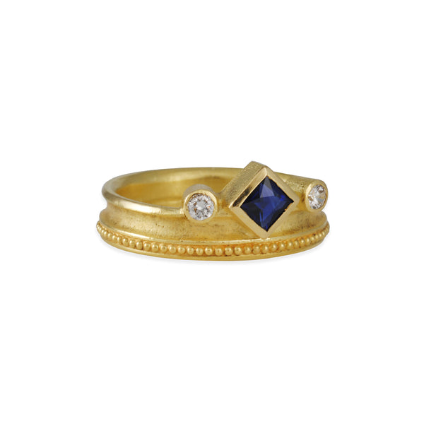BARBARA HEINRICH - Princess Sapphire & Diamond ring