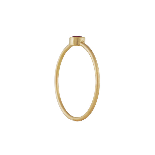 Marian Maurer - Teeny Sapphire Ring in 18K Gold
