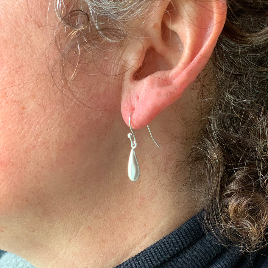 Philippa Roberts- Tiny Sterling Silver Drop Earrings