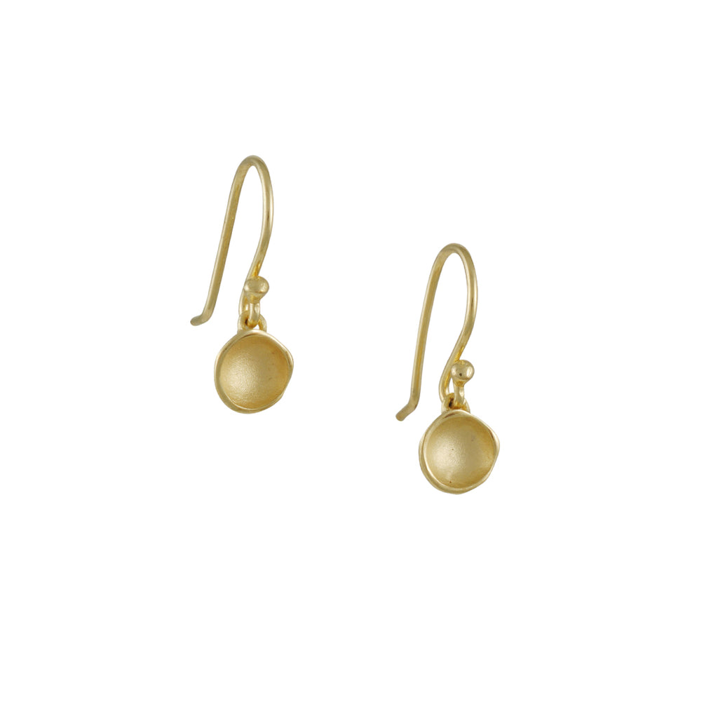 Sarah Richardson - Medium Pod Drop Earrings in Gold Vermeil