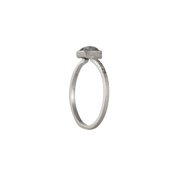 JENNIFER DAWES- Grey Diamond Blockette Solitaire