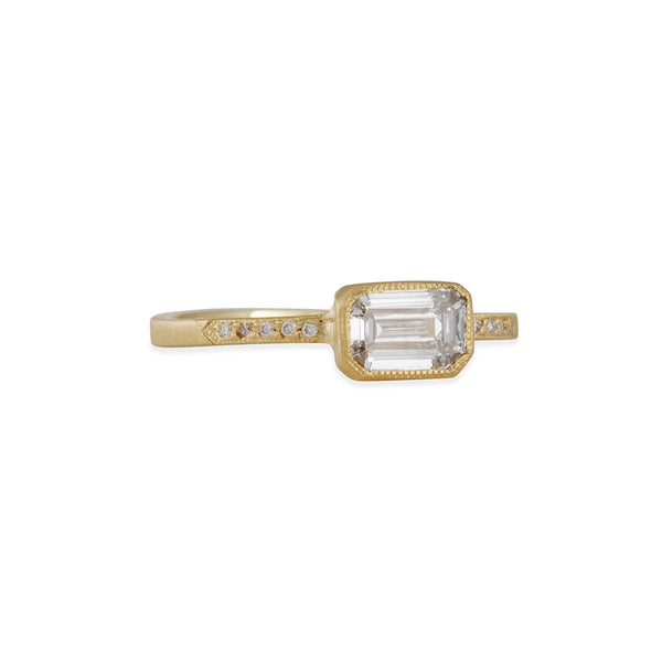 JENNIFER DAWES- Blockette Solitaire with Emerald Cut Diamond