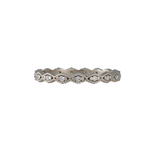 Megan Thorne - Thin Triangle Ribbed Eternity Band