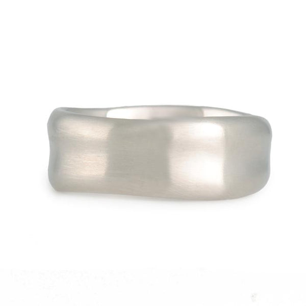 Matsu - Medium Curve Band in 14K White Gold