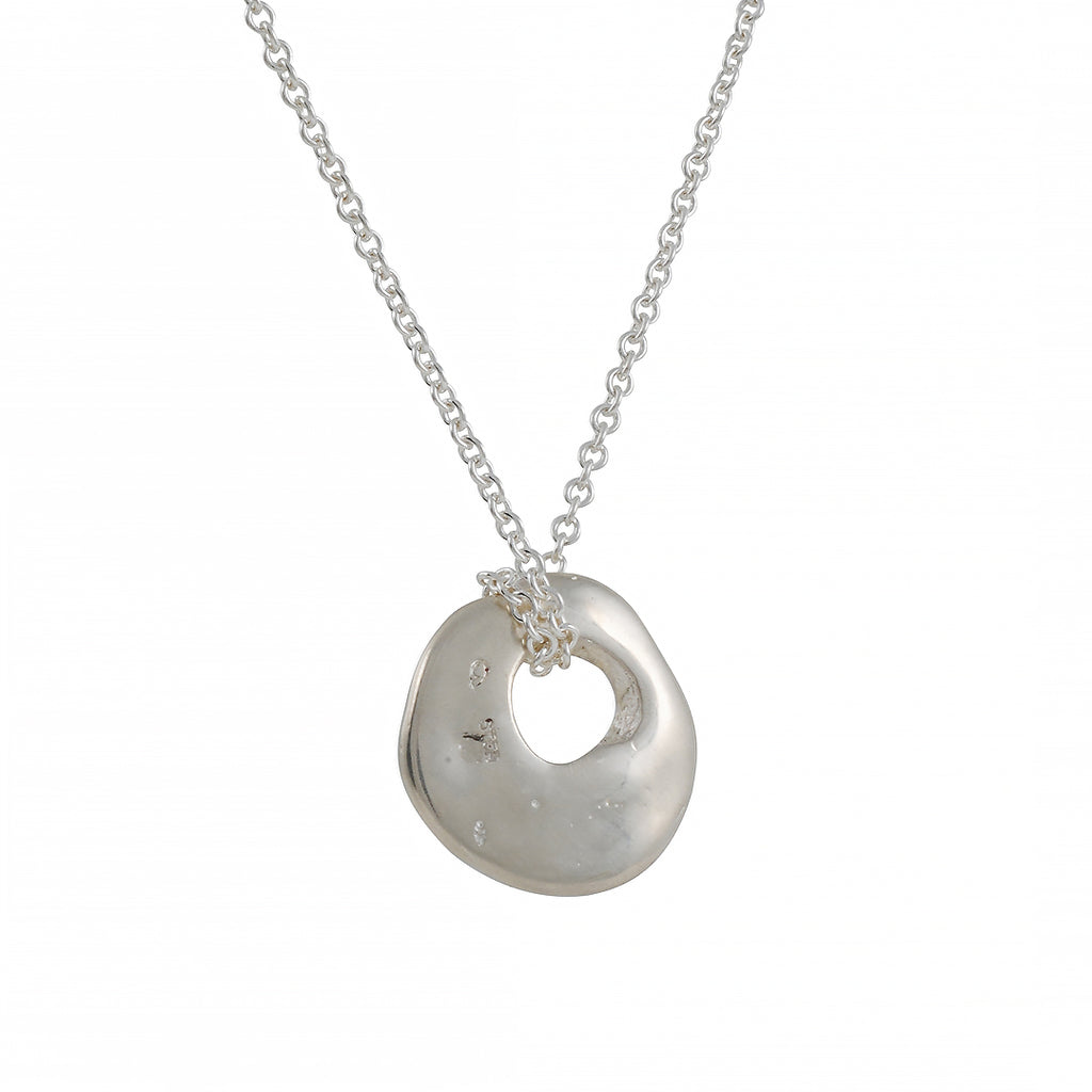 JOHANNA BRIERLEY - Lucky In Love Necklace
