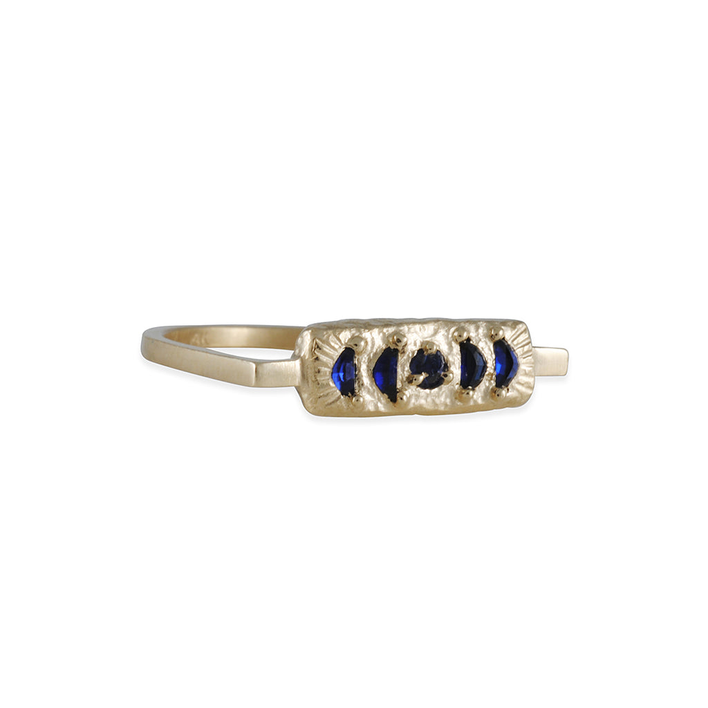 Lio and Linn - Moon Phase Ring
