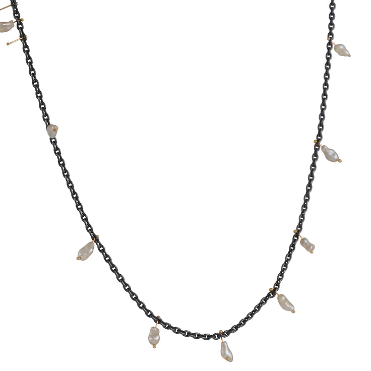 SARAH MCGUIRE- Short Pearl Cluster Necklace in Oxidized Sterling Silver and 14ky Gold
