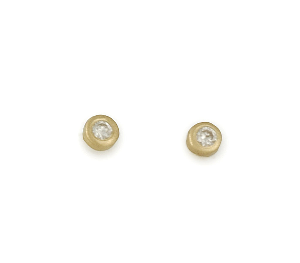 MARIAN MAURER- Teeny Stud Earrings with 1.5 MM Diamonds