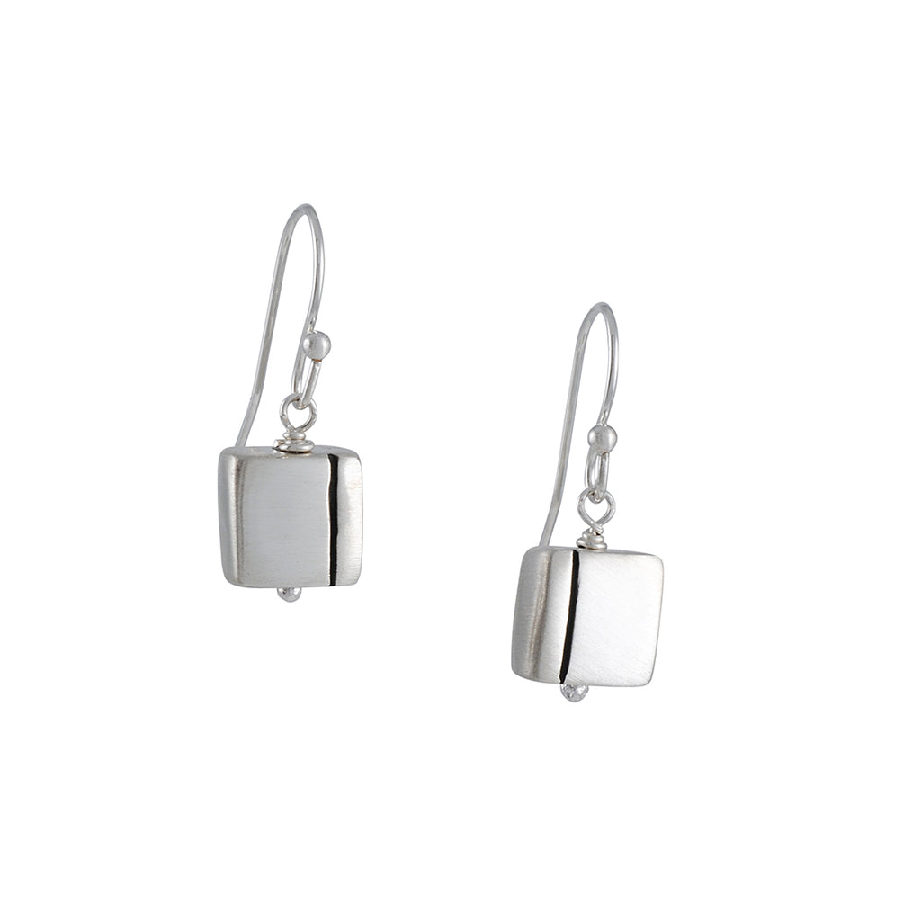 Philippa Roberts - One Liner Earrings