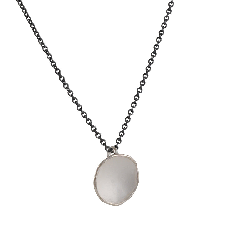 Sarah Richardson- Medium Pod Necklace