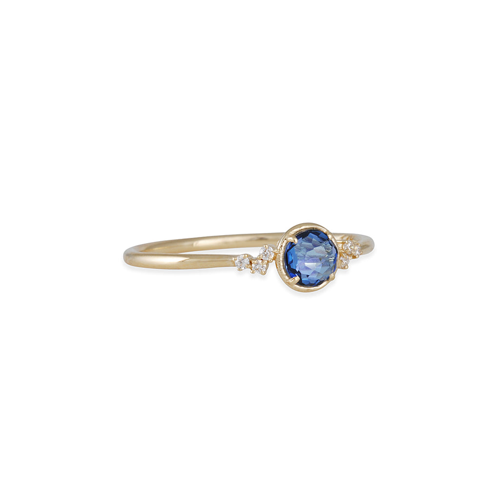 SUZANNE KALAN - English Blue Topaz Ring in 14k yellow Gold