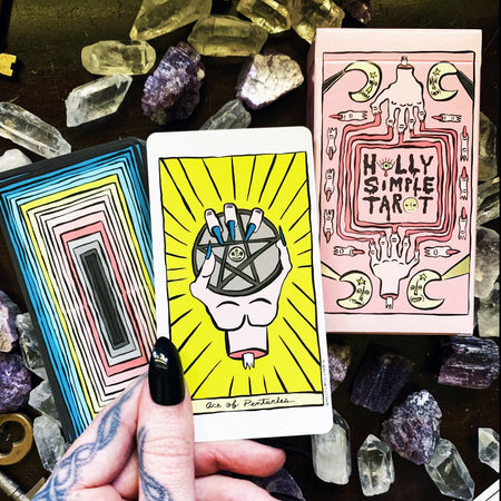 Holly Simple Tarot & Guide Book