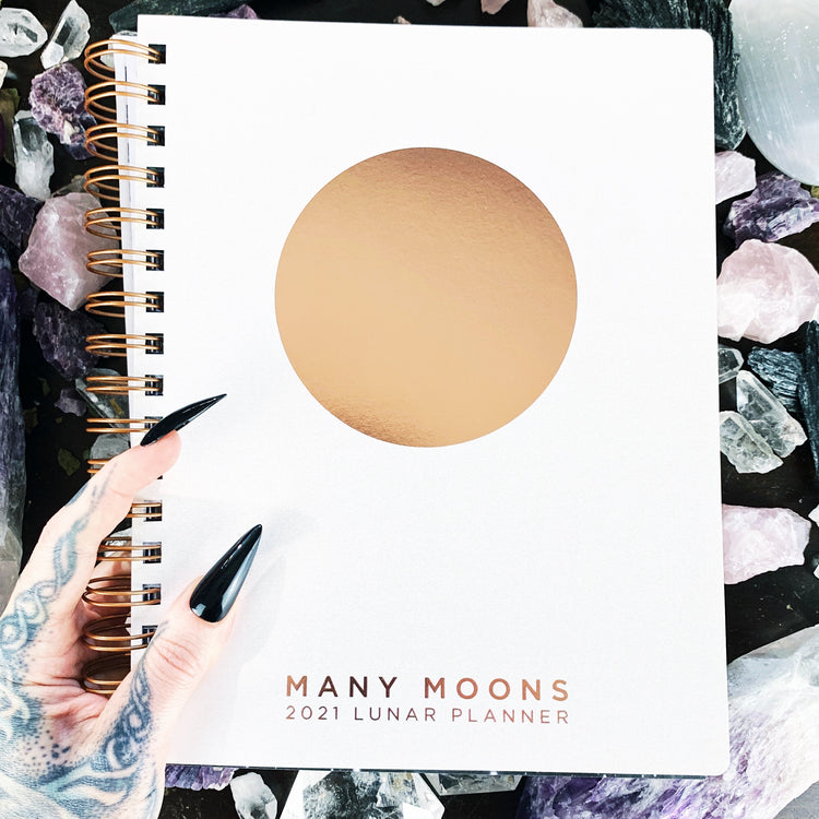 Many Moons Lunar Planner 2021