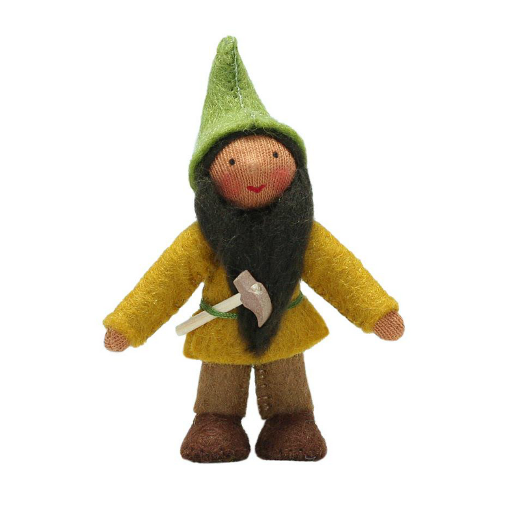 Forest Gnome with Hammer · Brown