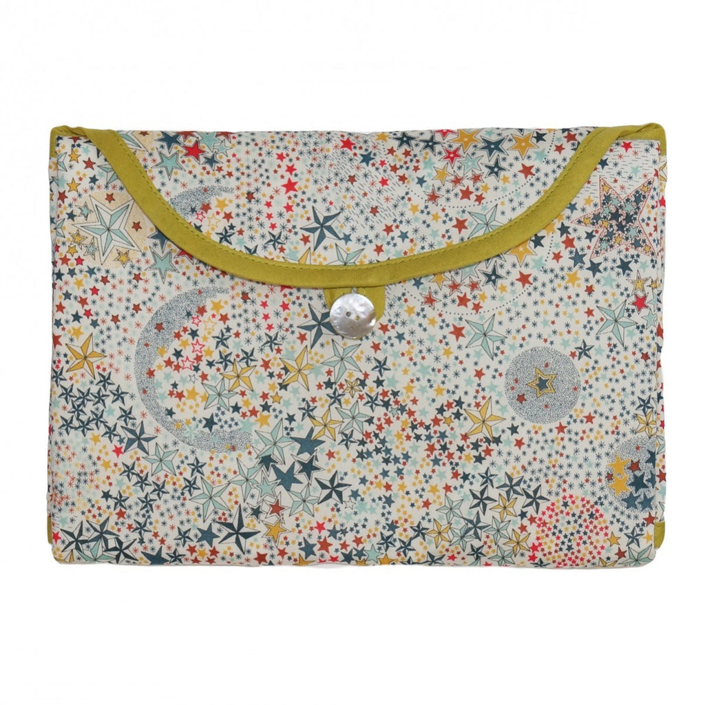 Multicolored Stars Fold and Go Changing Pad