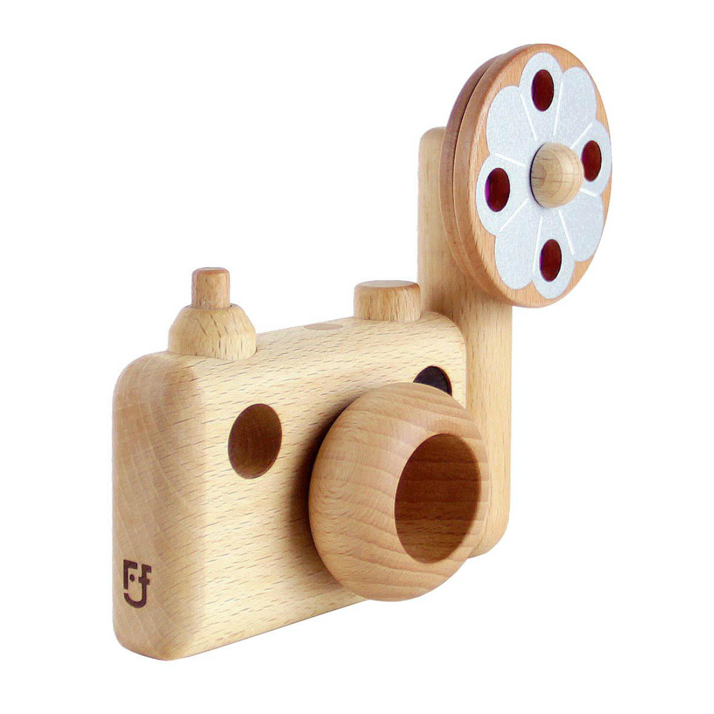 Wooden Vintage Style Camera with Flash