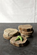 "Load image into Gallery viewer, 6-1/2"" Round x 1/2""H Natural Wood Slab (Each One Will Vary)"