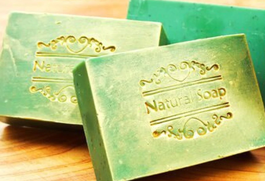 Bee Kind Kawakawa & Colloidal Oatmeal & Green Clay Eczema Relief Soap Bar